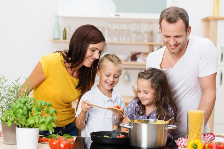 A Family Guide to Kitchen Safety | Product Diggers